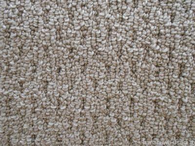 うさぎの爪が引っかからない素材の床材