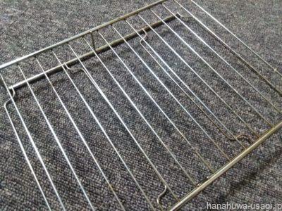 うさぎ用手作りトイレに網を使うとぶん投げられる